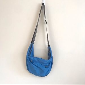 Nike Sportswear Banana Sling Crossbody Bag Blue